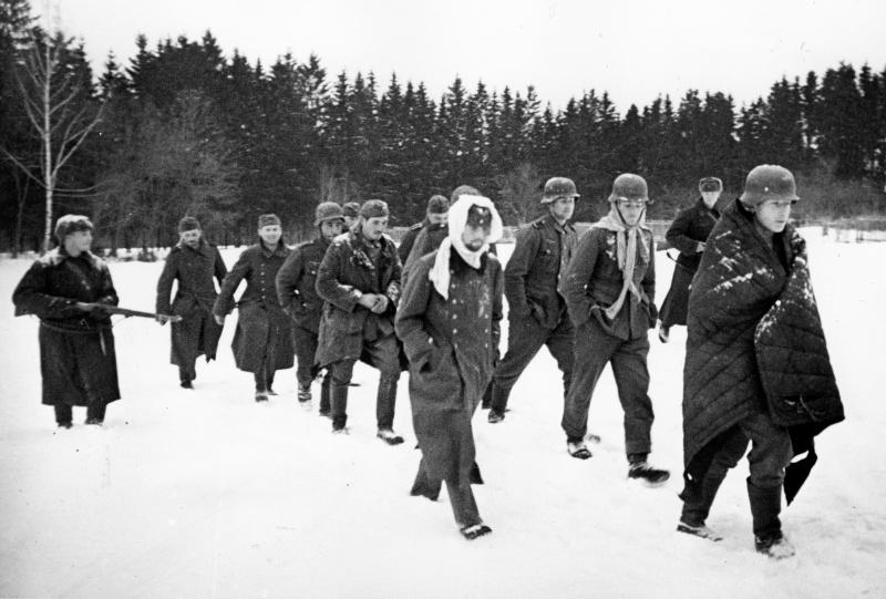 1941 год, группа немецких военнопленных, захваченных в ходе битвы за Москву