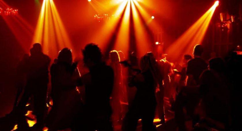 Гость минского ночного клуба скончался после потасовки