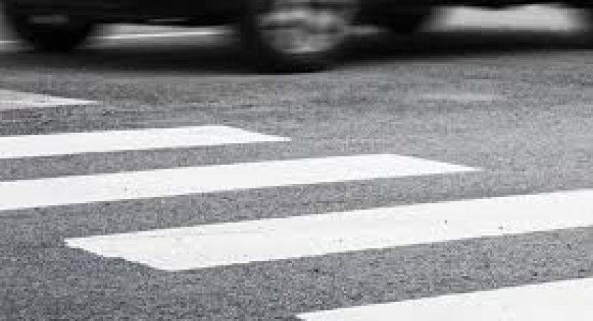 Невнимательный шофёр на Шкода сбил 2-х мужчин вРечице