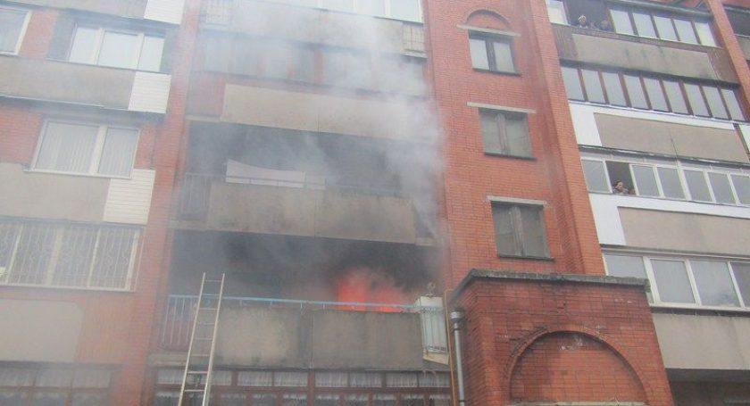 Пожар вВитебске: 4 спасённых, 10 эвакуированных. вероятная причина пожара— детская шалость