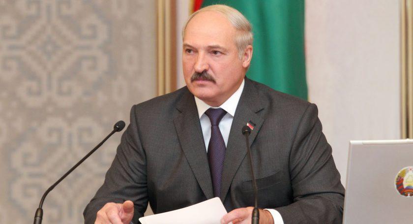 Лукашенко интересно, почему инвесторы неидут впромздания вцентре Минска