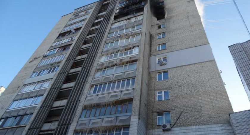 ВБресте из-за пожара вмногоэтажке эвакуировали 20 жильцов