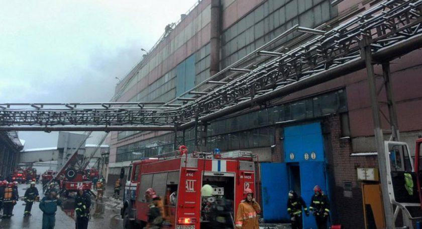 ВМинске гасят пожар натракторном заводе