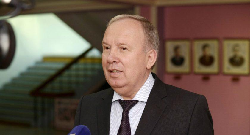Министр здравоохранения Беларуссии Василий Жарко стал вице-премьером