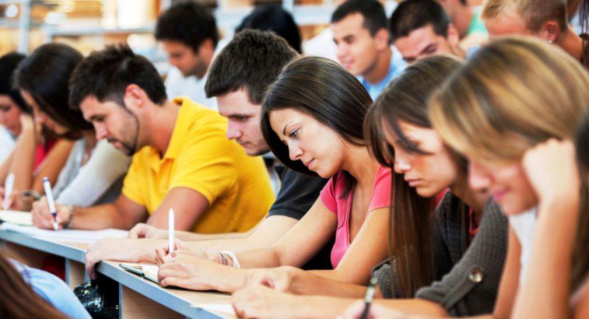 Студентам при отказе отраспределения непридется возвращать стипендию