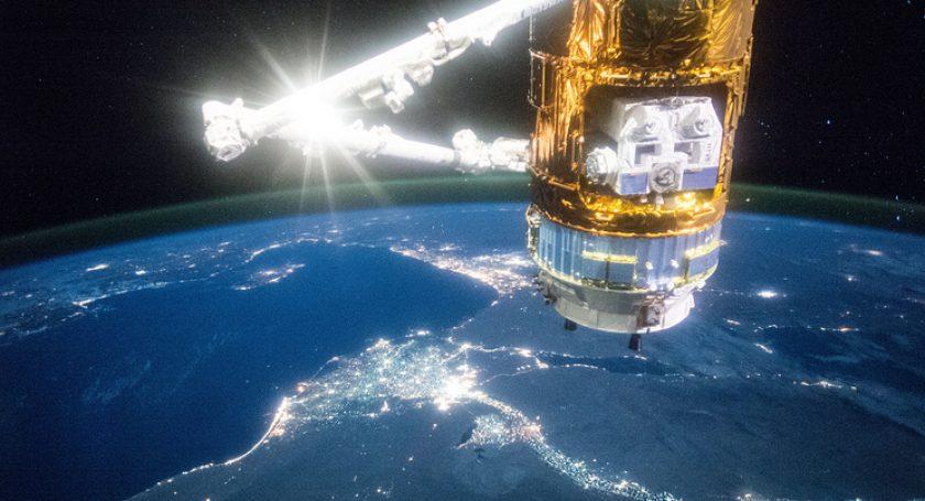 Япония отправила кМКС беспилотный грузовой космический корабль «Конотори-6»