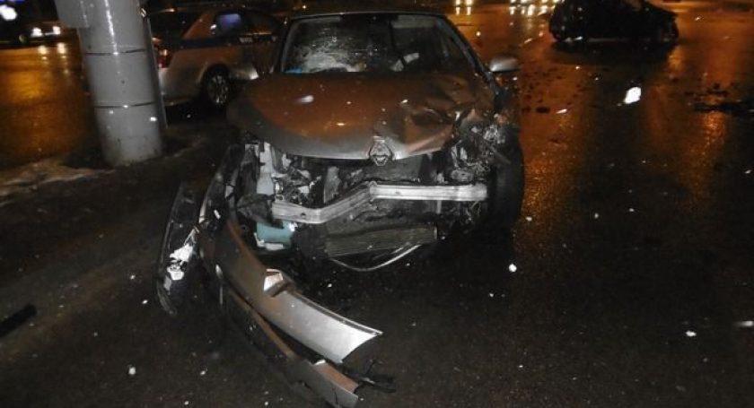 Авария вМинске: годовалый ребенок вылетел через боковое стекло машины