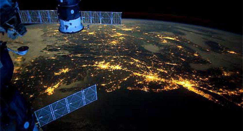 «Космическая связь» уже приступила коплате по договорам насоздание новых спутников