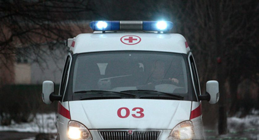 Машина «скорой» сбила девочку насанках вВитебском районе