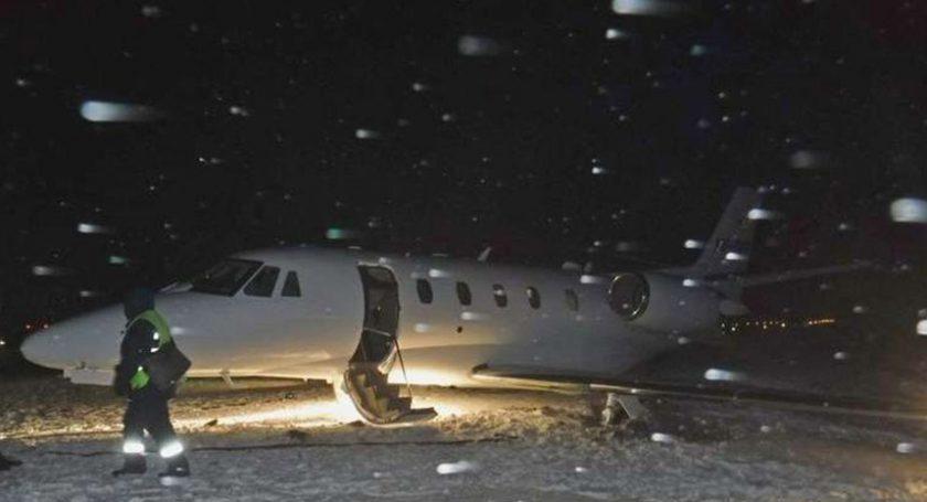 Проблемы при посадке самолета появились ваэропорту Гомеля