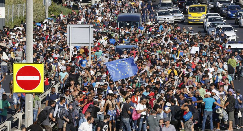 ВИспании проходят митинги вподдержку беженцев