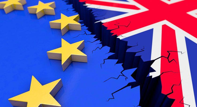 Британский парламент поддержал законодательный проект оBrexit вовтором чтении