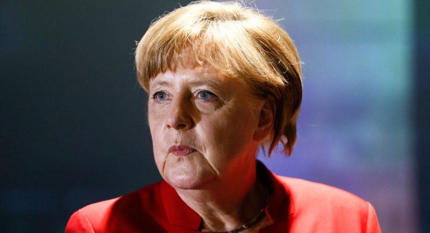 Социал-демократы ФРГ впервый раз обошли попопулярности блок Меркель