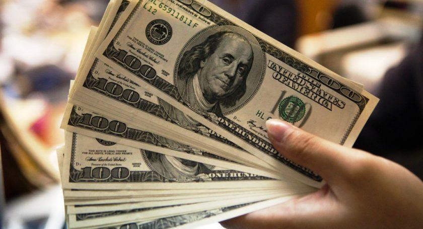 Лукашенко снова напомнил осредней заработной плате в500 долларов