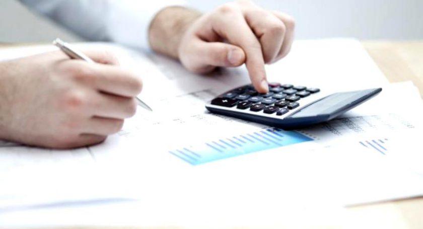Средняя заработная плата белорусов вконце зимы упала до716,5 руб