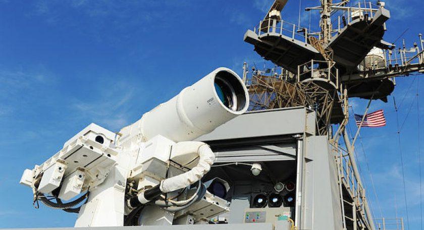 ВСША удачно  испытали 60-киловаттный боевой лазер