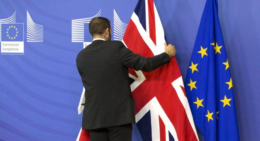 Англия отказалась платить 100 млрд. евро завыход из европейского союза