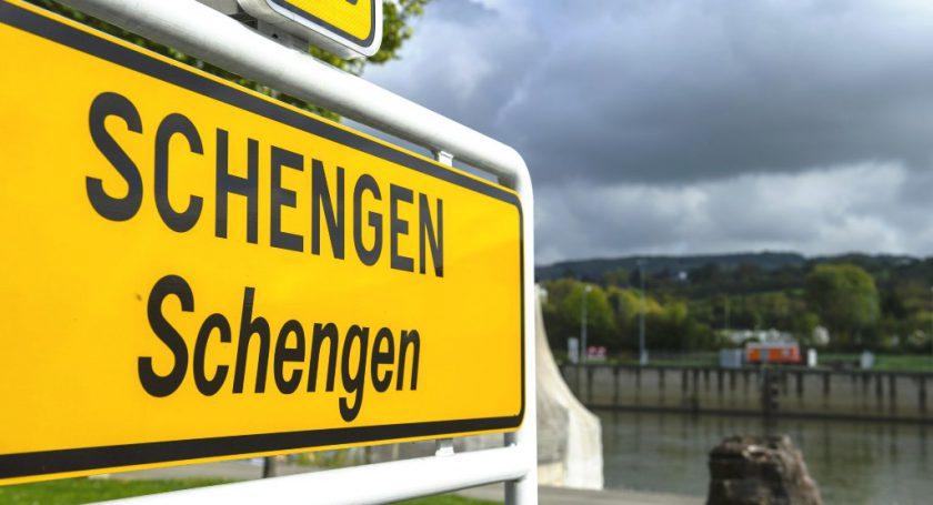 «Шенген» для белорусов может подешеветь до35евро уже в2016-м году