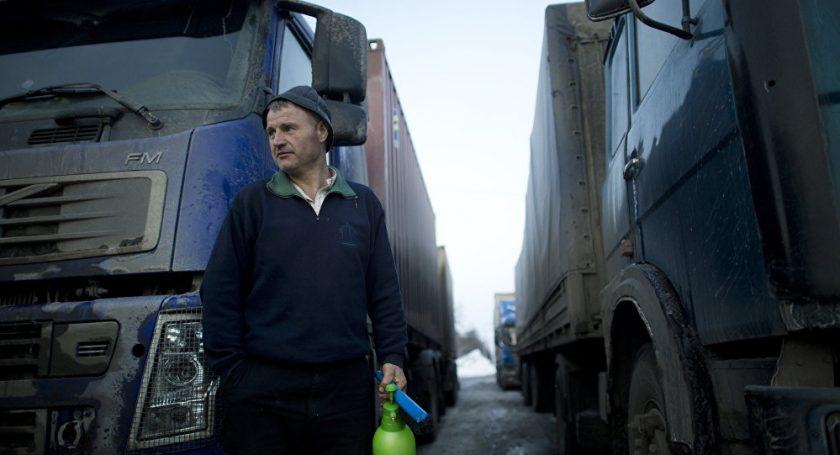 Суриков: Белорусским водителям ненужно будет получать русские права