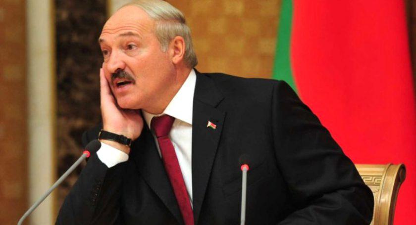 Лукашенко заподозрил министров игубернаторов вфальсификациях