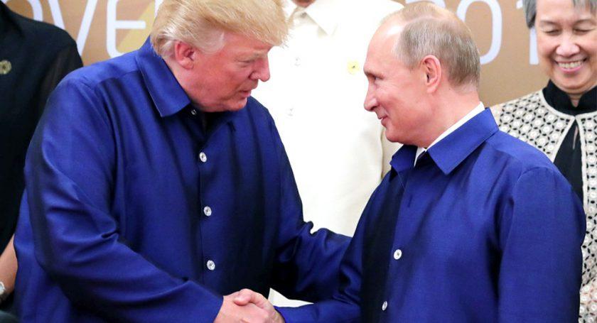 Путин иТрамп будут поддерживать каналы связи вСирии для безопасности военных