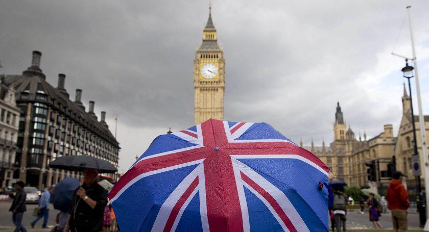 Экономика Великобритании больше невходит впятёрку крупнейших вмире