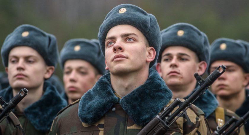 Армия Белоруссии собирается отказаться отшапок-ушанок