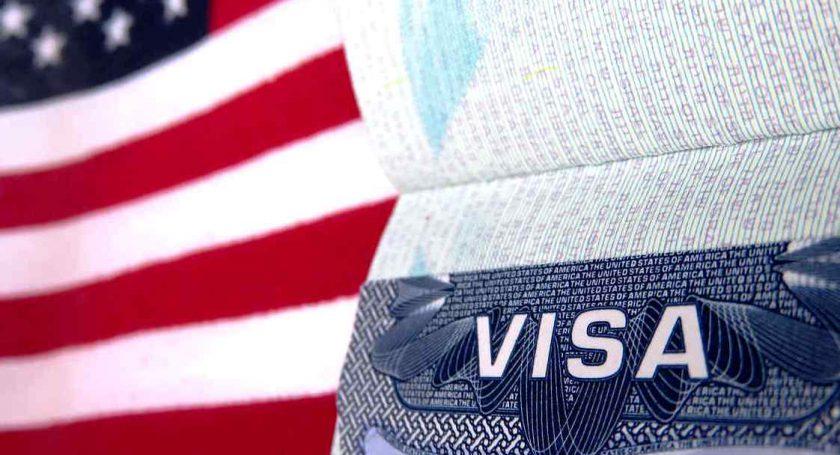 Белорусы смогут получить вМинске любую немиграционную визу США уже всередине зимы