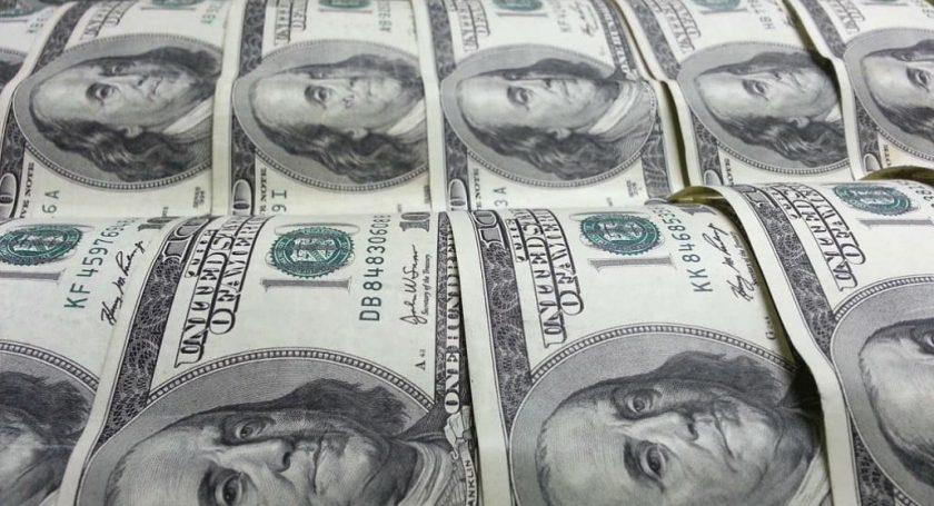 Белорусы вянваре-апреле текущего 2018-ого продали валюты больше, чем приобрели