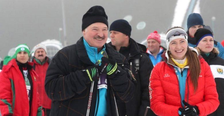 """Президент Беларуси Александр Лукашенко на """"Минской лыжне"""""""