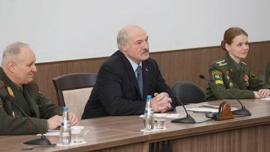 Лукашенко в Военной академии