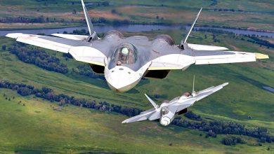Два Су-57 в воздухе