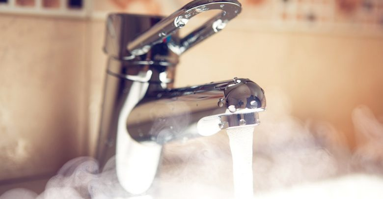 горячая вода из крана