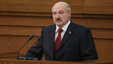 Президент Беларуси Александр Лукашенко выступает перед парламентом
