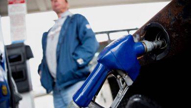 АЗС, заправлять машину, автомобильное топливо