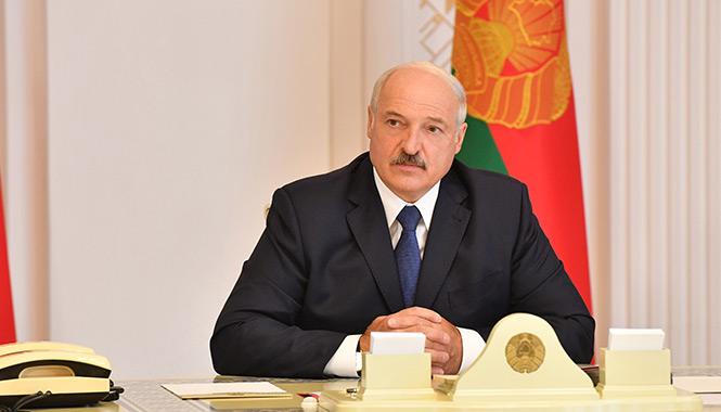 Президент беларуси Лукашенко на заседании