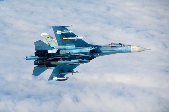 Су-27 в небе с боекомплектом