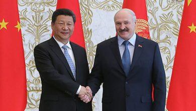 Рукопожатие Лукашенко и Си Цзиньпина