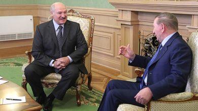 Президент Беларуси Александр Лукашенко 5 июня встретился с представителем Украины в трехсторонней контактной группе Леонидом Кучмой