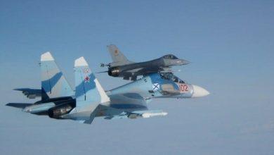 Самолёт Су-27 ВКС россии отгоняет истребитель НАТО