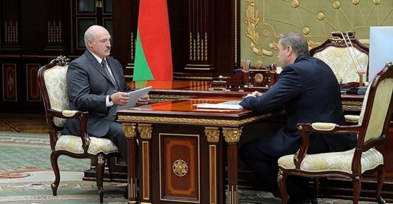 Президент Беларуси Александр Лукашенко 12 августа провел рабочую встречу с Министром здравоохранения Владимиром Караником