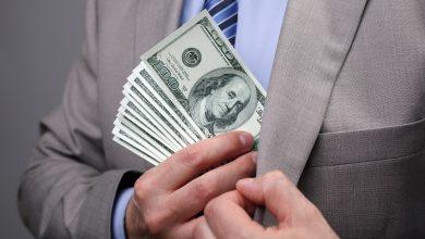 взятка в долларах, коррупция