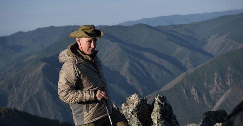 президент России Владимир Путин на природе