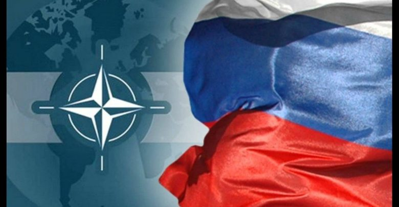 Флаги РФ и НАТО