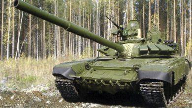 Танк в боевой выкладке на полигоне