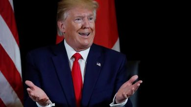 Возмущённый президент США Дональд Трамп