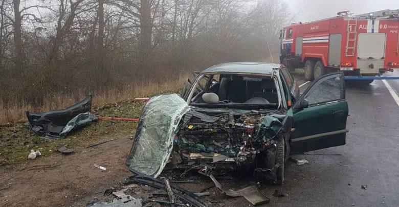 Три человека пострадали в лобовом ДТП под Ляховичами