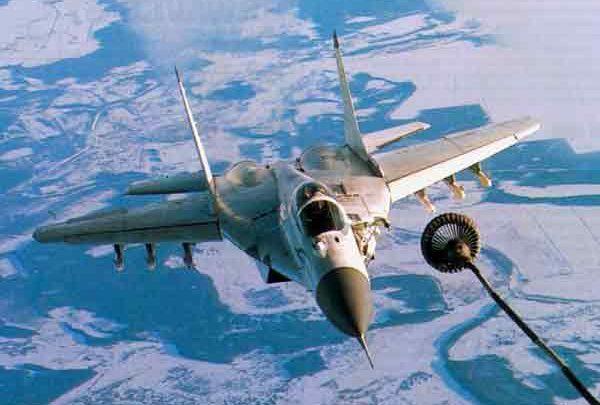 МиГ-31 дозаправка в воздухе