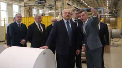 Лукашенко на заводе бумаги в Шклове