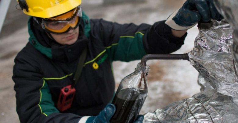 Отбор проб нефти из нефтерповода